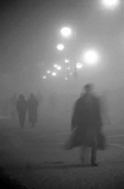 uomo-nella-nebbia1
